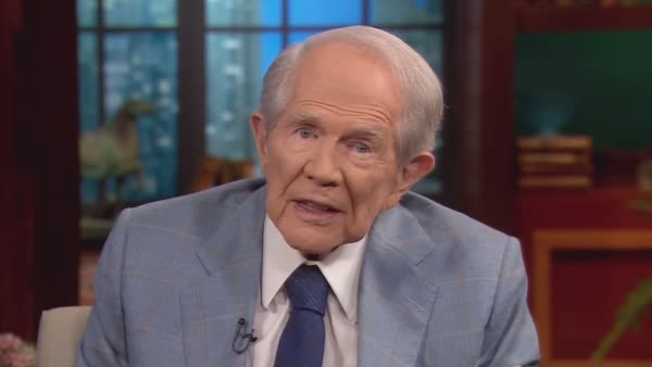 Pat Robertson Has Some Campaign Advice For Donald Trump