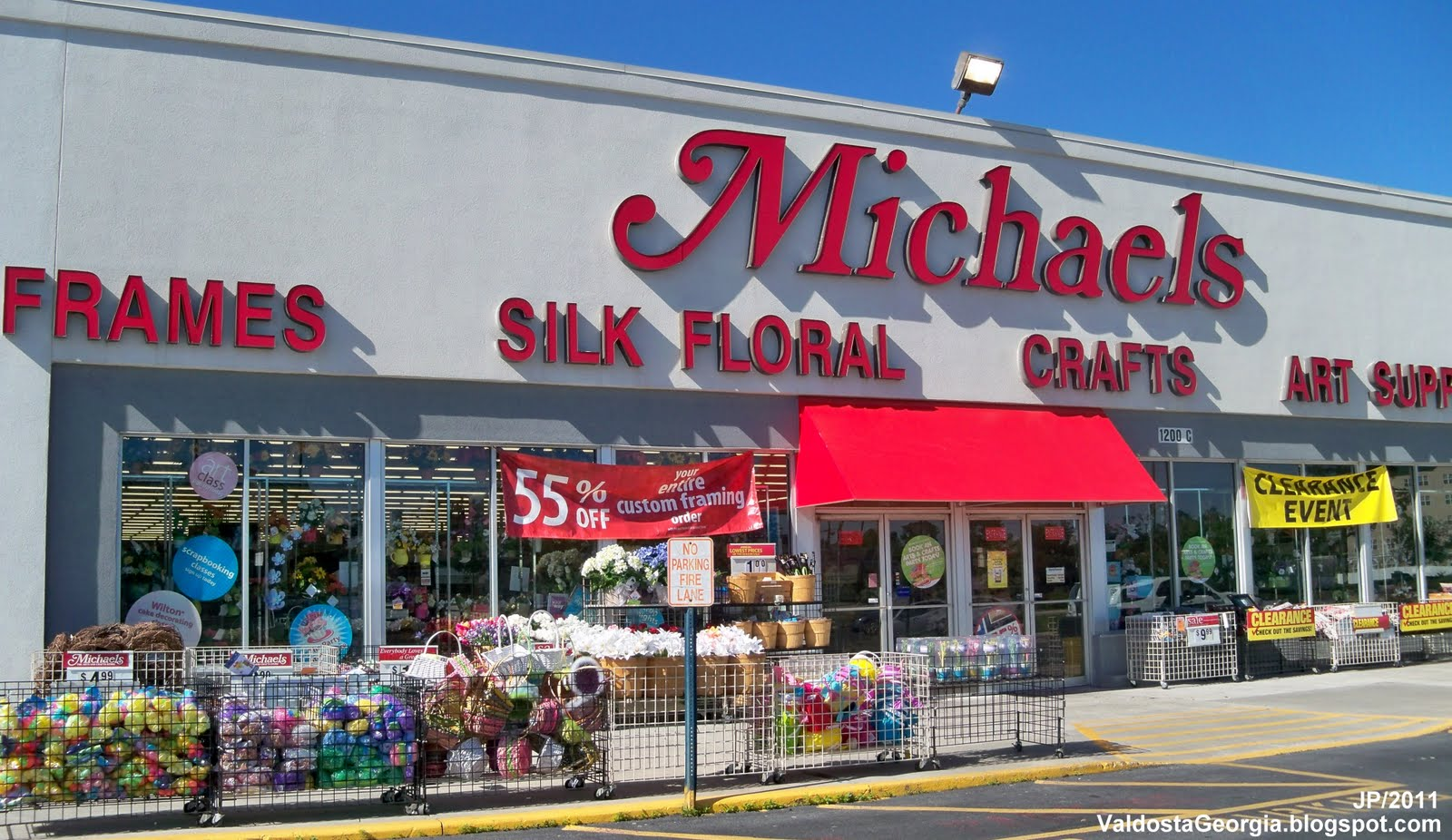 Michaels crafts almost 3m customers hit by data breach for Michaels craft store denver