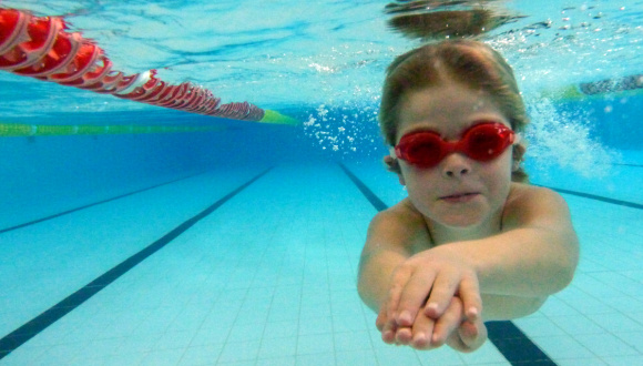 West virginia concealed carry nut fires weapon in children 39 s swimming class crooks and liars for Swimming pool lessons for kids