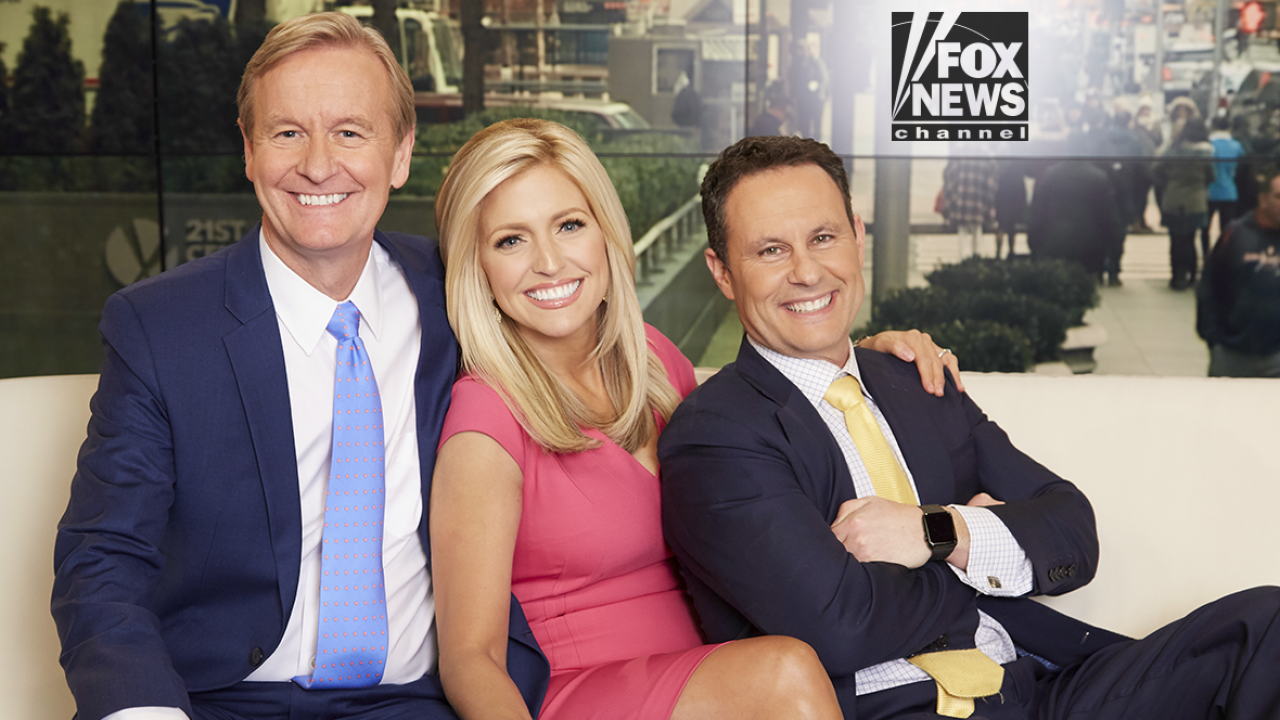 Gretchen Carlson Walks Off 'Fox And Friends' After Brian ...