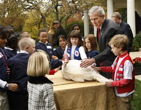 turkey_guy_bush_kids_2dd30.jpg