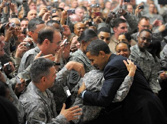 us-president-barack-obama-greets-troops-during-a-visit-to-camp-victory_2e3b4.jpg