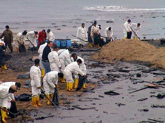 Oil-Spill-Cleanup_969f9.jpg