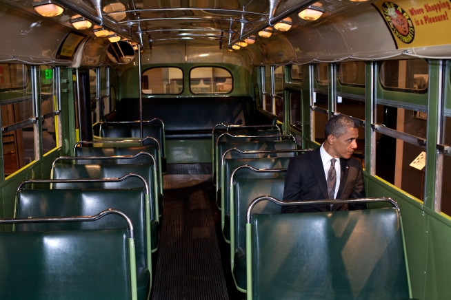 Obama sits in Rosa Parks seat.jpg