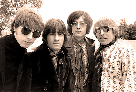 The+Yardbirds-1967-resized.jpg